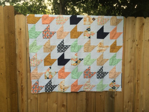 Arizona Arrow Quilt #Arizona #HandQuilting #SocoCharms