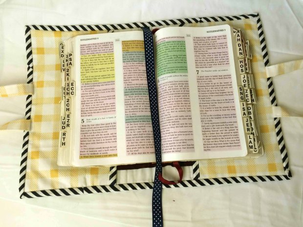 SocoCharms - Quilting Bible Cover 2 - Open